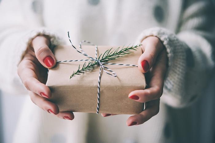 クリスマスプレゼントにセンスが光る。大人のオシャレなラッピング術